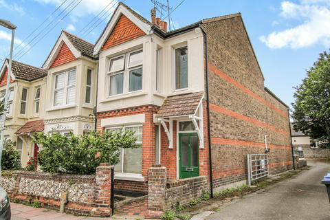 3 bedroom flat for sale - Eriswell Road, Worthing BN11 3HP
