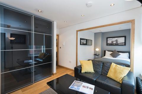 Studio to rent - New Bridge Street, London, EC4V