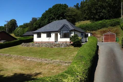 3 bedroom bungalow for sale - Penygreen Road, Llanidloes, Powys, SY18