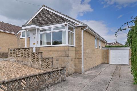 3 bedroom detached bungalow for sale - Matford Hill, Chippenham