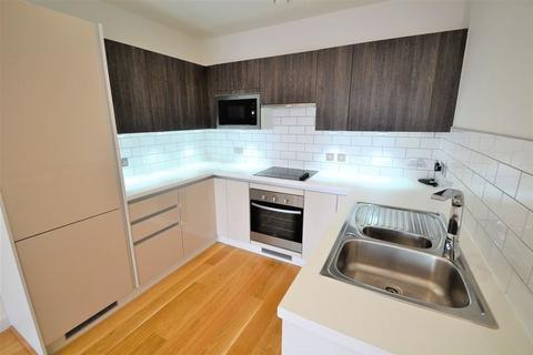 2 bedroom apartment to rent - Chapel Street, Salford