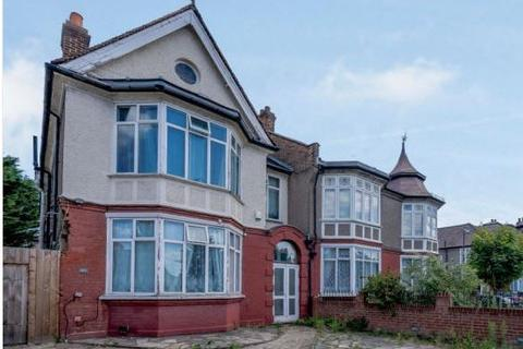 8 bedroom semi-detached house for sale - Bromley Road, London