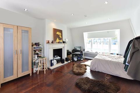 4 bedroom flat to rent - Blenheim Terrace, London, NW8
