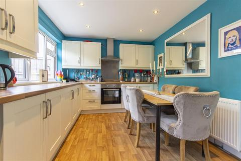 2 bedroom semi-detached house for sale - Ruthyn Avenue, Barlborough, Chesterfield