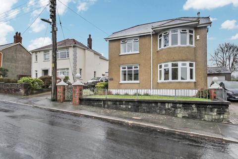 3 bedroom detached house for sale - Plas Road, Rhos, Pontardawe