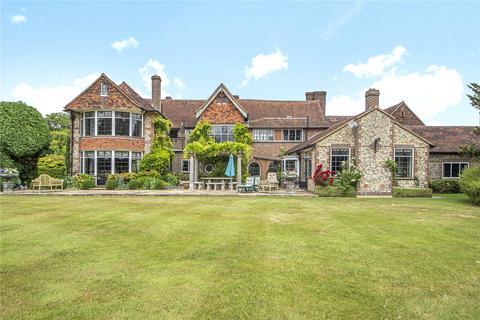7 bedroom detached house for sale - Outwood Lane, Kingswood, Tadworth, Surrey, KT20