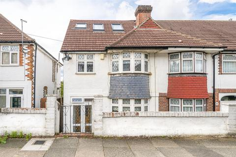 5 bedroom end of terrace house for sale - Westmount Road, London