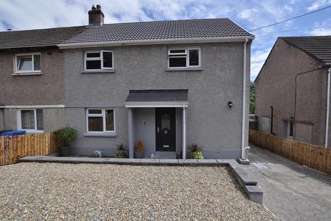 3 bedroom semi-detached house for sale - 108, Llanmiloe Estate, Llanmiloe, Carmarthen