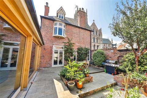 3 bedroom detached house for sale - Market Hill, Hedon, Hull, HU12