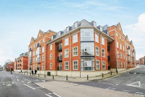 2 bedroom flat to rent - Centurion Square, Skeldergate, York, YO1
