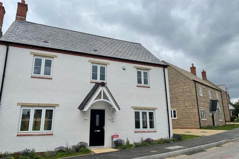 4 bedroom detached house for sale - Barwood Homes, Cherwell Rise, Tackley