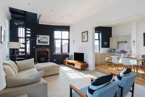 1 bedroom flat to rent - Dock View Road, Barry, CF63