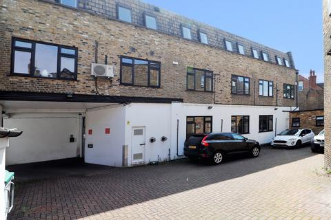 Office to rent - Manor Road, Beckenham