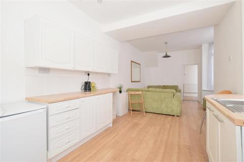3 bedroom terraced house for sale - Bramshott Road, Southsea, Hampshire