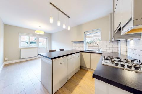 1 bedroom flat for sale - Southfield Road, Chiswick, London, W4