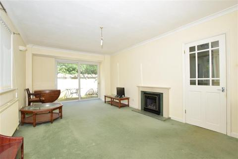 2 bedroom detached bungalow for sale - Madeira Road, Ventnor, Isle of Wight