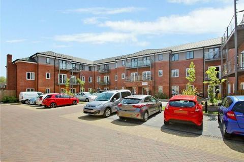 3 bedroom retirement property for sale - Moorside Road, Urmston