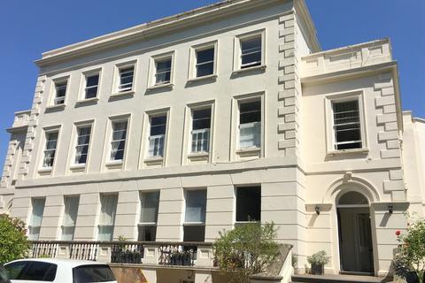 1 bedroom flat for sale - London Road, Cheltenham