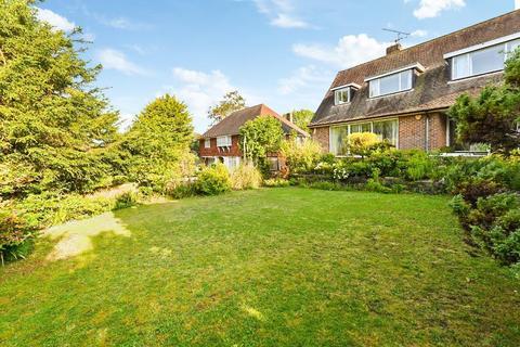 3 bedroom detached house for sale - Surrenden Crescent, Brighton, East Sussex, BN1 6WE
