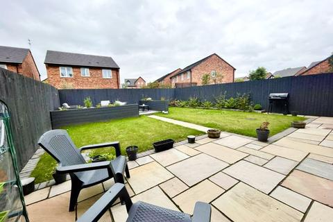 4 bedroom detached house for sale - Virginia Drive, Swinton, Manchester