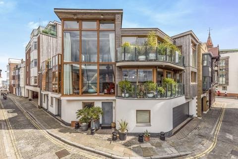 4 bedroom terraced house for sale - West Street, Old Portsmouth