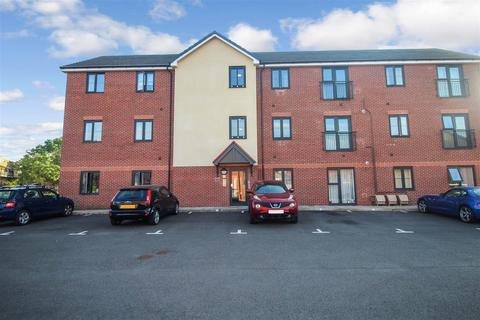 1 bedroom apartment for sale - Anglia Gardens, Leamington Spa