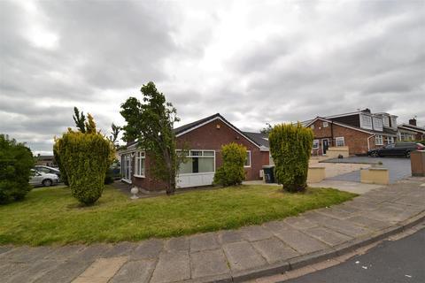 4 bedroom detached bungalow for sale - Frensham Drive, Horton Bank Top, Bradford