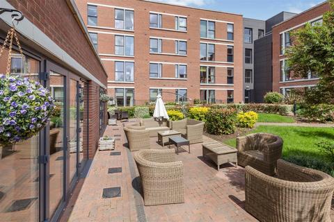 1 bedroom apartment for sale - Glenhills Court, Little Glen Road, Glen Parva, Leicester, LE2 9DH