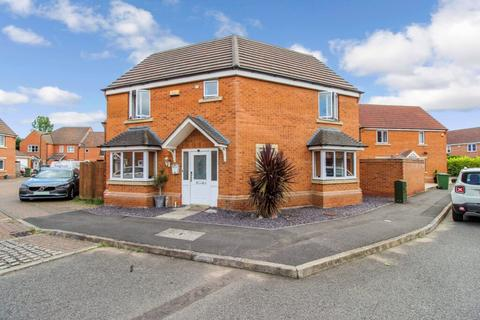 3 bedroom detached house for sale - Bayston Court, Sugar Way, Woodston, Peterborough, PE2 9SF