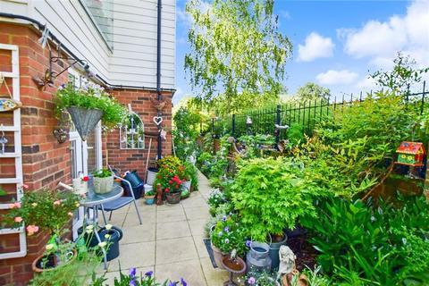 2 bedroom ground floor flat for sale - Smallhythe Road, Tenterden, Kent