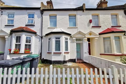 3 bedroom terraced house for sale - Selborne Road, Wood Green N22