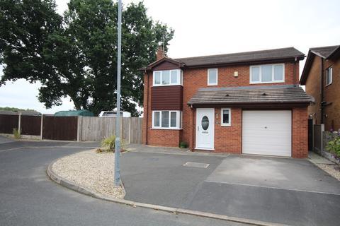 4 bedroom detached house for sale - Cedar Close, Buckley