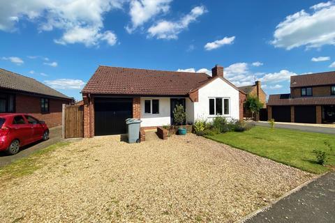 2 bedroom detached bungalow for sale - Bytham Heights, Castle Bytham