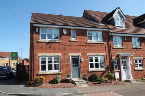 4 bedroom end of terrace house for sale - Clemitson Way, Crook