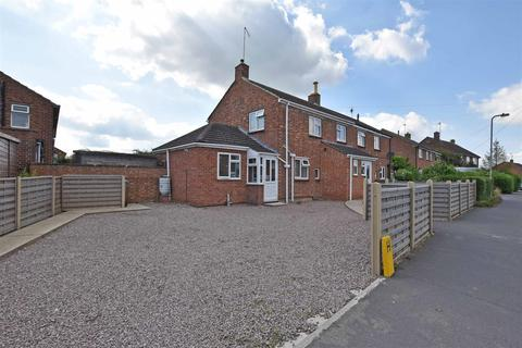 3 bedroom semi-detached house for sale - Kesteven Road, Stamford