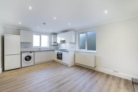 3 bedroom flat to rent - Norwood High Street , Norwood , London
