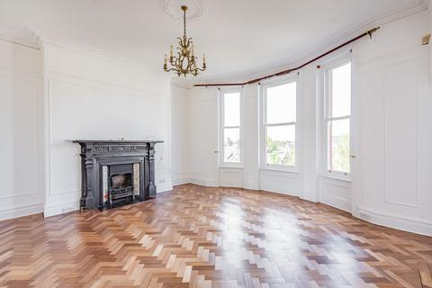 4 bedroom apartment to rent - Rosslyn Mansions, Goldhurst Terrace, South Hampstead NW6