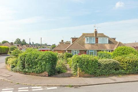 3 bedroom semi-detached house for sale - Sterling Road, Sittingbourne, ME10