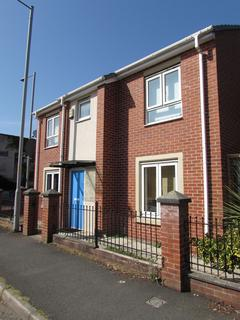 3 bedroom detached house to rent - Halston Street, Manchester, M15