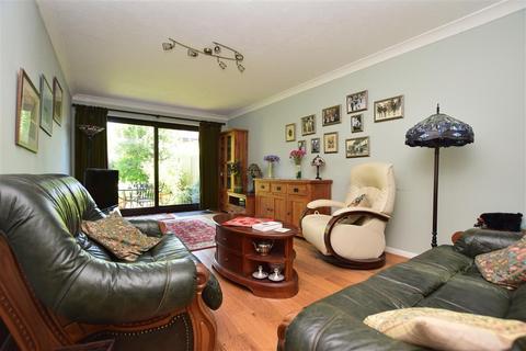 4 bedroom semi-detached house for sale - Park Road, Redhill, Surrey