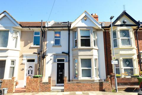 4 bedroom terraced house for sale - Priorsdean Avenue, Portsmouth, PO3