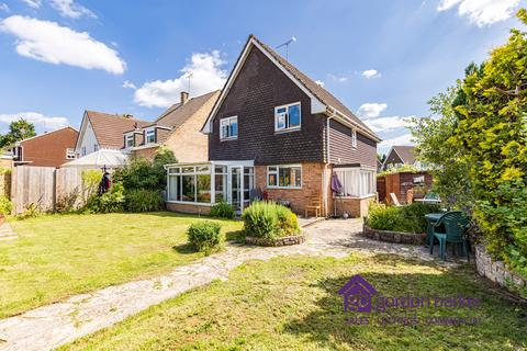 4 bedroom detached house for sale - Greenhayes, Broadstone, Dorset BH18