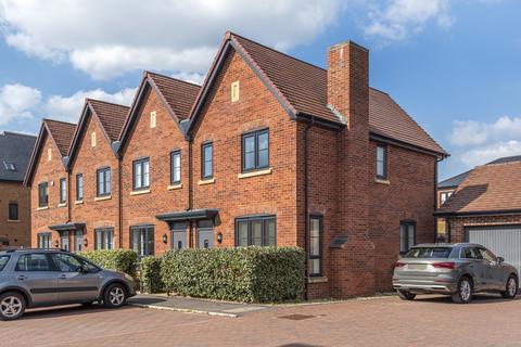 2 bedroom end of terrace house to rent - Cheltenham, GL52