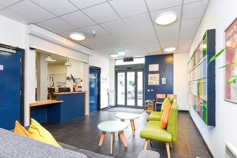 Studio to rent - 38 Potterrow, Edinburgh, Scotland EH8 9BT