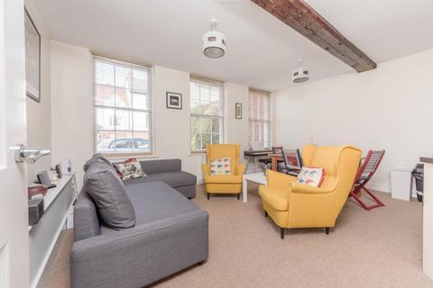 1 bedroom ground floor flat to rent - East St Helens Street, Abingdon, OX14 5EA