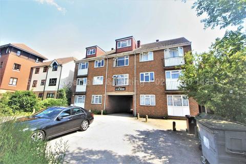 2 bedroom flat for sale - The Ridgeway, Chingford, E4