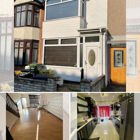 3 bedroom terraced house to rent - PRETORIA ROAD, Romford RM7