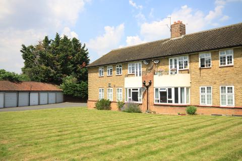 3 bedroom flat to rent - Horn Park Lane, Lee SE12