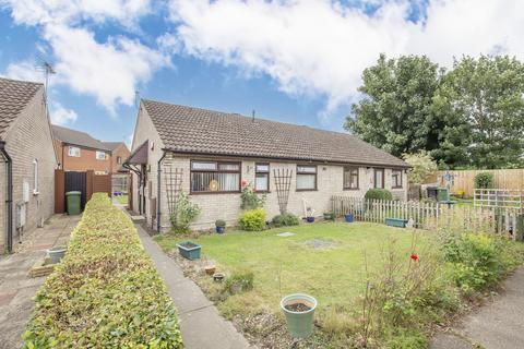 2 bedroom semi-detached bungalow for sale - Recreation Road, Toftwood