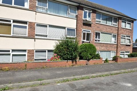 2 bedroom flat to rent - Minden Road, Sudbury
